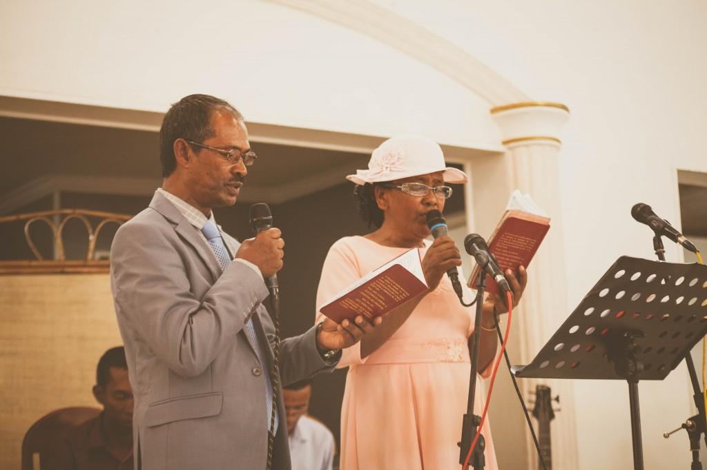 Ambiance-salle-buffet-mariage-espace-Colonnades-Antananarivo-Niavo & Fepy (2)
