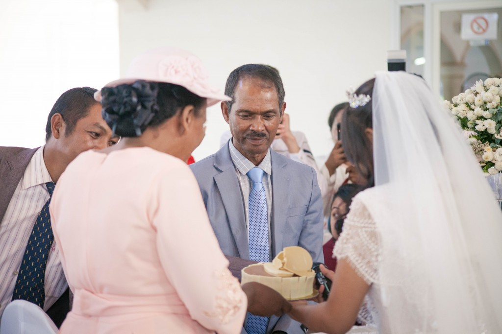 Cérémonie-gateau-champagne-mariage-espace-Colonnades-Antananarivo-Niavo & Fepy (4)