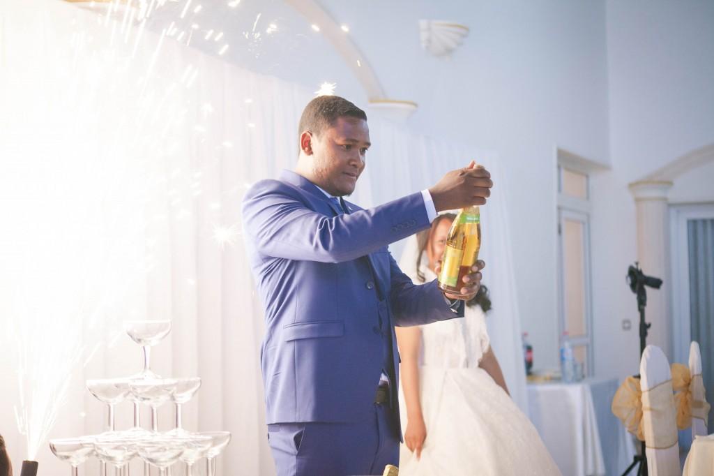 Cérémonie-gateau-champagne-mariage-espace-Colonnades-Antananarivo-Niavo & Fepy (7)