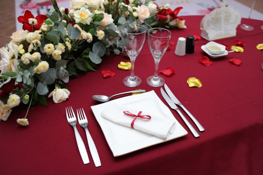 Mariage-espace-colonnades-Miarana-Mitantsoa-décorations-salle-reception (2)
