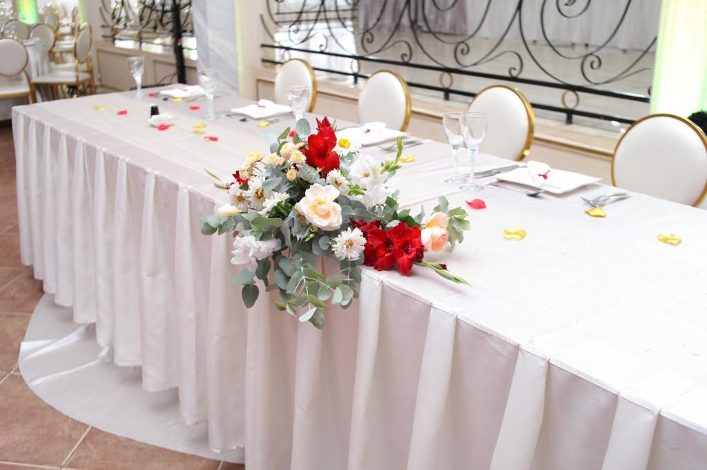 Mariage-espace-colonnades-Miarana-Mitantsoa-décorations-salle-reception (8)