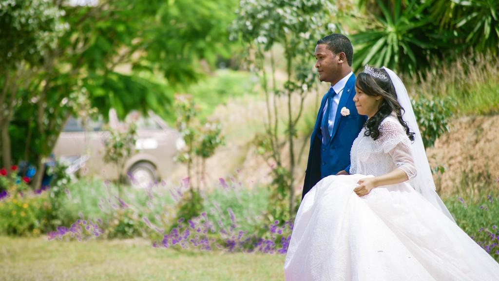 Tapis-rouge-entrée-salle-mariage-espace-Colonnades-Antananarivo-Niavo & Fepy (2)