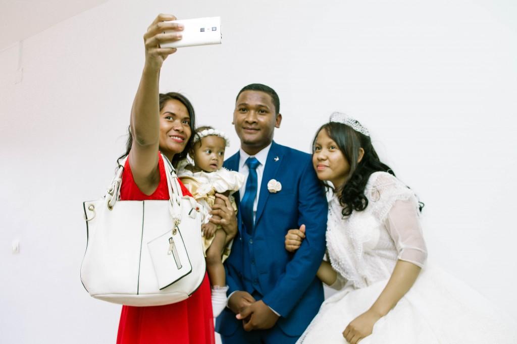 Tapis-rouge-entrée-salle-mariage-espace-Colonnades-Antananarivo-Niavo & Fepy (6)
