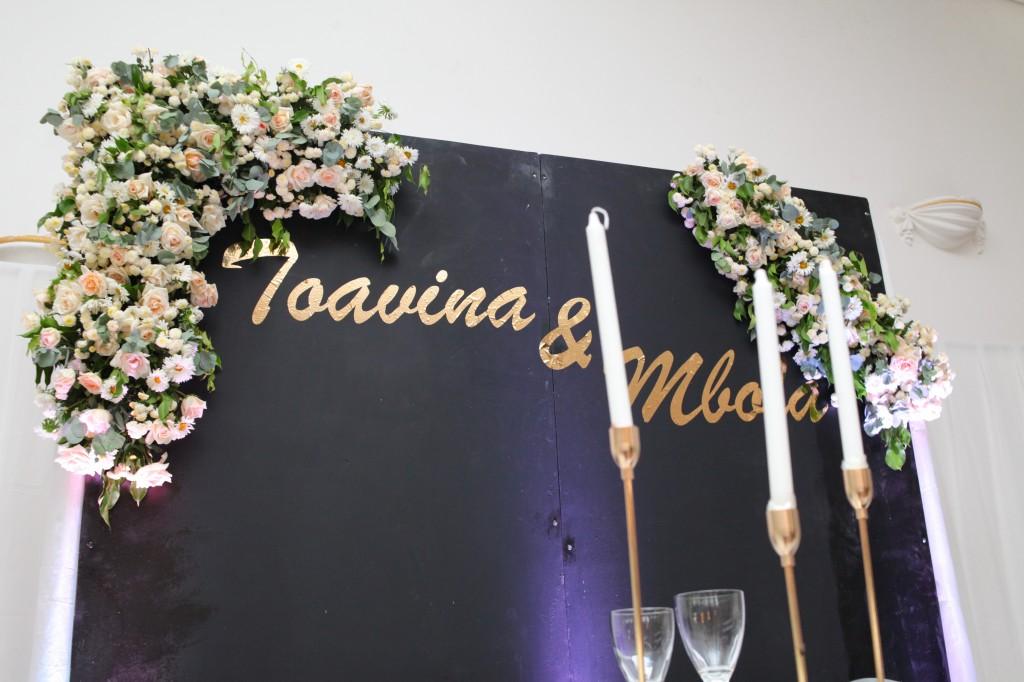 Décoration-salle-mariage-Toavina-Mbola-espace-Colonnades (8)