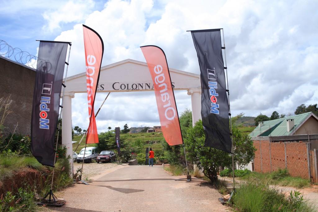 Remise de prix FSAM-Fédération-Sport-Automibile-2019-2020-salle-réception-Colonnades-Antananarivo-Madagascar (1)