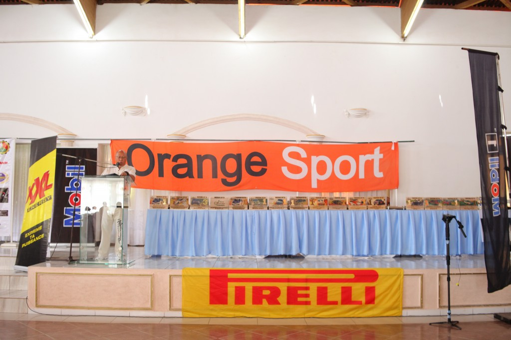 Remise de prix FSAM-Fédération-Sport-Automibile-2019-2020-salle-réception-Colonnades-Antananarivo-Madagascar (15)