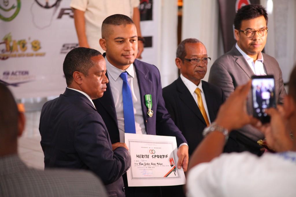 Remise de prix FSAM-Fédération-Sport-Automibile-2019-2020-salle-réception-Colonnades-Antananarivo-Madagascar (24)
