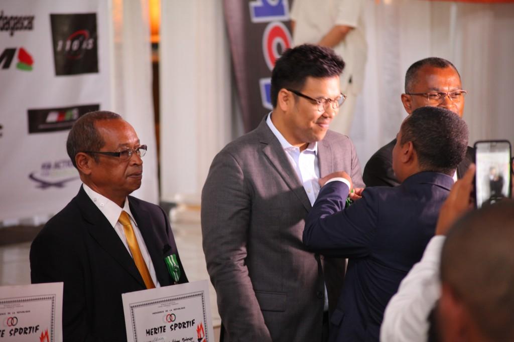 Remise de prix FSAM-Fédération-Sport-Automibile-2019-2020-salle-réception-Colonnades-Antananarivo-Madagascar (26)