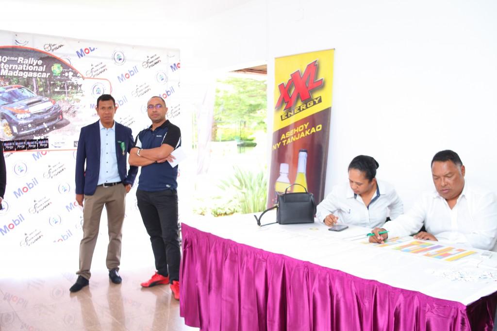 Remise de prix FSAM-Fédération-Sport-Automibile-2019-2020-salle-réception-Colonnades-Antananarivo-Madagascar (34)