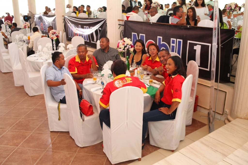 Remise de prix FSAM-Fédération-Sport-Automibile-2019-2020-salle-réception-Colonnades-Antananarivo-Madagascar (38)