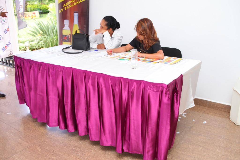 Remise de prix FSAM-Fédération-Sport-Automibile-2019-2020-salle-réception-Colonnades-Antananarivo-Madagascar (45)