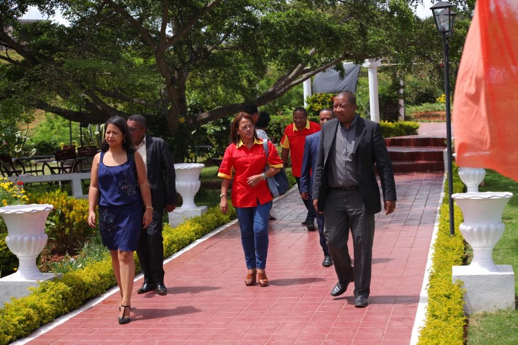 Remise de prix FSAM-Fédération-Sport-Automibile-2019-2020-salle-réception-Colonnades-Antananarivo-Madagascar (7)