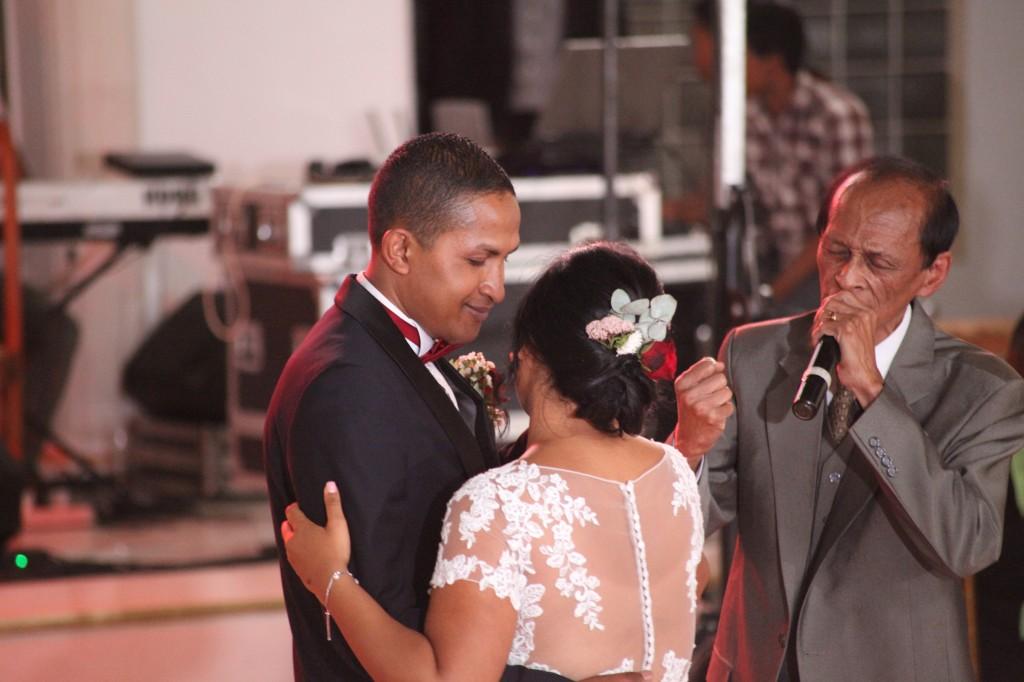 Ambiance-salle-mariage-Antananarivo-Colonnades-Tojo-Irina (7)