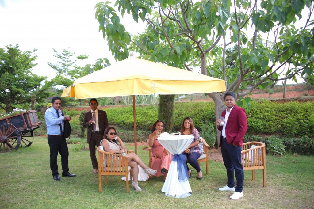 Cocktail_bienvenue_mariage_espace_Colonnades_Andraina & Andomiora (7)