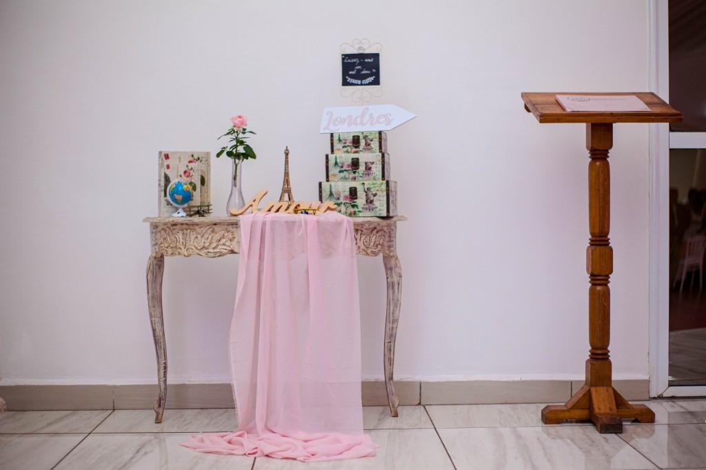 Décoration-salle-espace-colonnades-Mariage-tahiana&kanto-photosary (9)