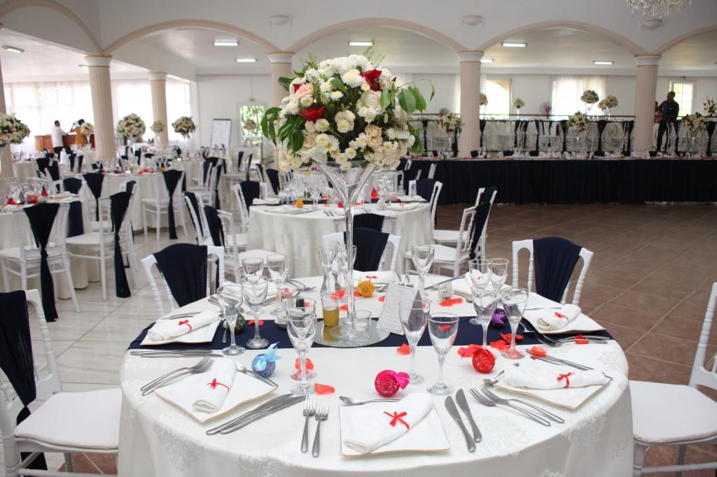Décoration_mariage_espace_Colonnades_Andraina & Andomiora (1)