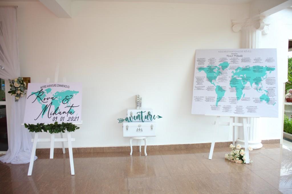 Décoration-éxtérieur-jardin-mariage-colonnades-Rado & Mihanta (4)
