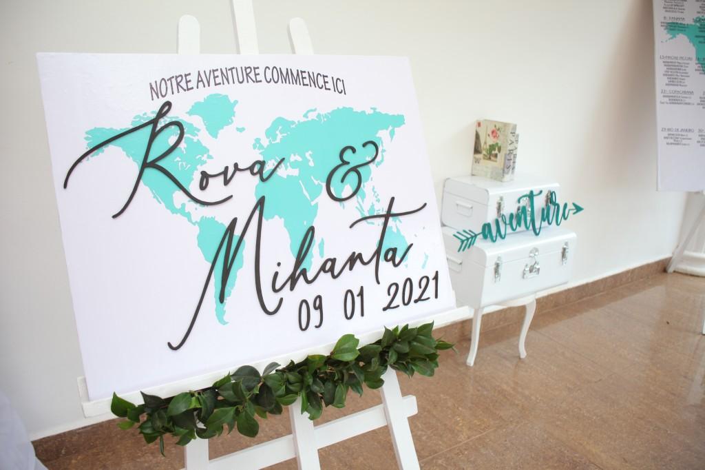 Décoration-éxtérieur-jardin-mariage-colonnades-Rado & Mihanta (6)
