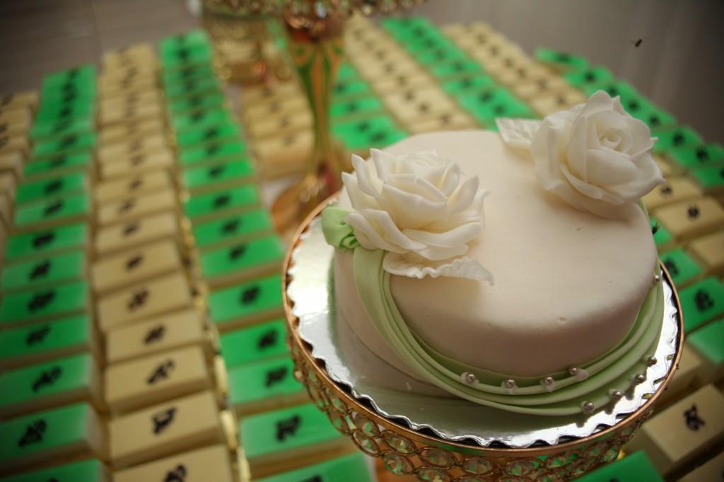 Décoration-gateau-salle-réception-Colonnades-mariage-Joda-Sandrah (2)
