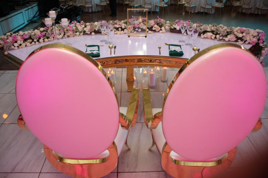 Décoration-salle-réception-Colonnades-mariage-Joda-Sandrah (11)