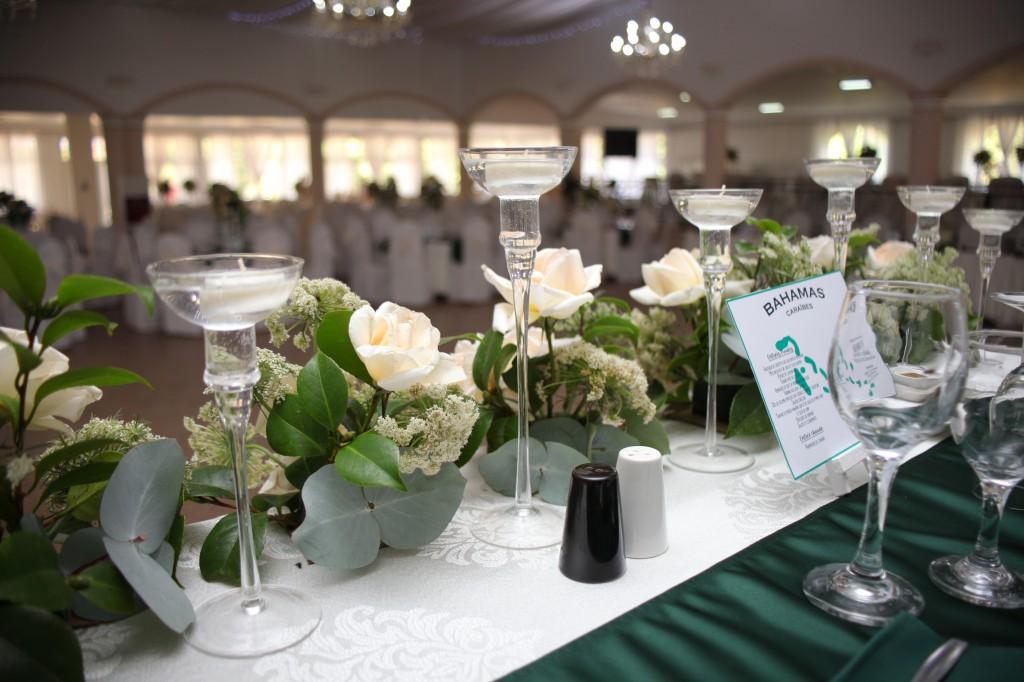 Décoration-salle-réception-mariage-colonnades-Rado & Mihanta (10)